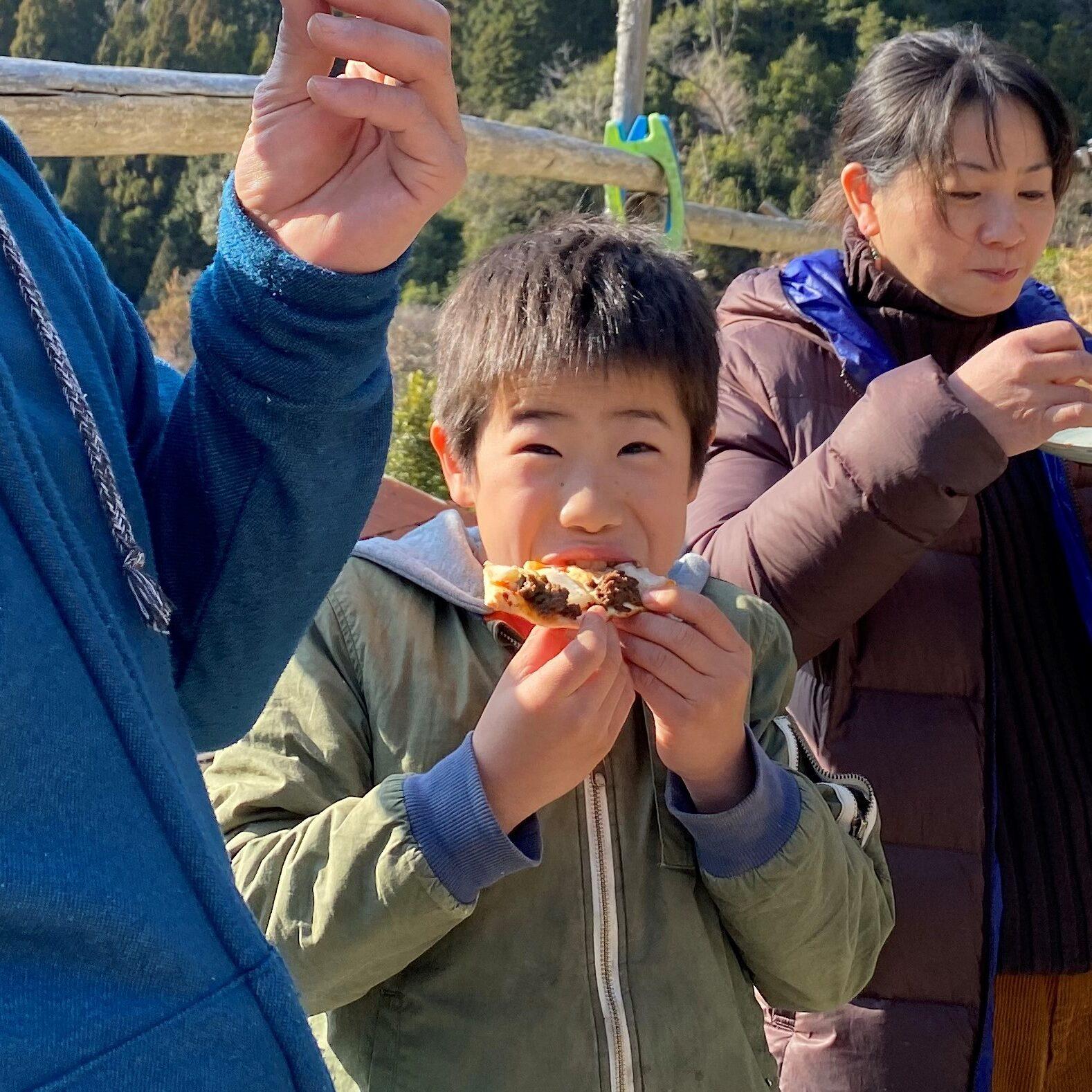 山菜ピザづくり